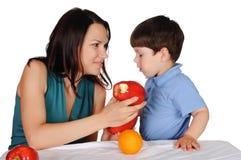 Mamma ed il suo figlio Immagine Stock