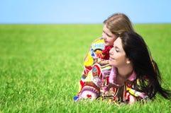 Mamma en haar dochter royalty-vrije stock afbeelding