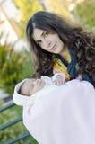 Mamma en pasgeboren Stock Foto
