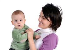 Mamma en weinig babyjongen stock fotografie