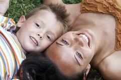 Mamma en zoon Royalty-vrije Stock Afbeelding