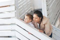 Mamma en zoon Royalty-vrije Stock Afbeeldingen