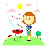 Mamma felice che arrostisce col barbecue nella Camera del cortile Fotografia Stock Libera da Diritti