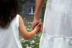 Mamma met dochter Stock Foto's