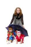 Mamma mit ihren Kindern Stockfoto