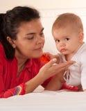 Mamma und Baby Lizenzfreies Stockbild