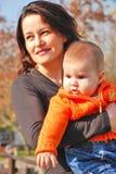 Mamma und kleines Mädchen Stockfoto