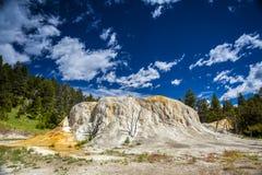 Mammoth Hot Springs, национальный парк Йеллоустона Стоковая Фотография