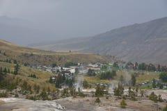 Mammoth Hot Springs alla sosta nazionale del Yellowstone Fotografie Stock Libere da Diritti
