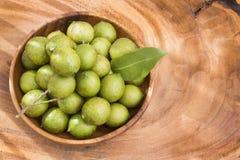 Mamoncillo heerlijk tropisch fruit - Melicoccus-bijugatus Stock Foto