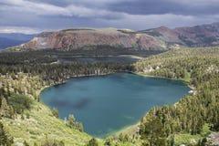 Mamutowa jeziora lata burza w Kalifornia Zdjęcia Stock
