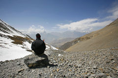 Man admiring view in the himalayas Royalty Free Stock Image