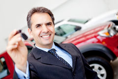 Man buying a car Royalty Free Stock Image
