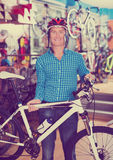 Man buying new racing bicycl Royalty Free Stock Image