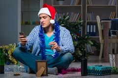 The man celebrating christmas at home alone Royalty Free Stock Photography