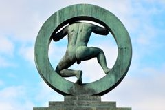 Man in a circle statue. In public Vigeland park in Oslo, Norway Stock Photos