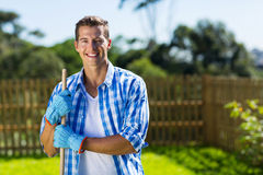 Man cleaning home garden Royalty Free Stock Photos
