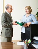 Man congratulating colleague Royalty Free Stock Images