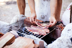 Man cooking bbq Royalty Free Stock Images