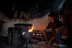 The man is cooking Royalty Free Stock Photography