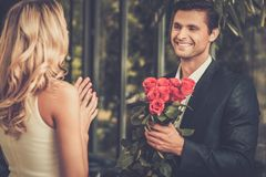 Man dating his lady Royalty Free Stock Photography