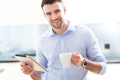 Man with digital tablet Royalty Free Stock Photos