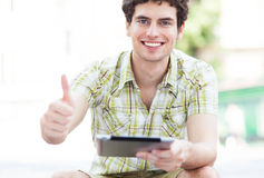 Man with digital tablet Royalty Free Stock Photography