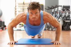 Man Doing Press Ups Royalty Free Stock Photos