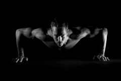 Man doing pushups Royalty Free Stock Photography