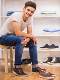 Man in dressing room Royalty Free Stock Photos
