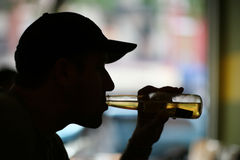 Man drinking beer Royalty Free Stock Image