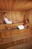 Man en vrouw samen in sauna Royalty-vrije Stock Afbeelding