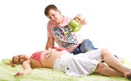 Man en zwangere vrouw Royalty-vrije Stock Afbeelding