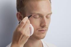 Man gezichts kosmetische behandeling. stock foto's