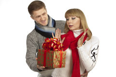 Man giving a gift to woman Royalty Free Stock Photos