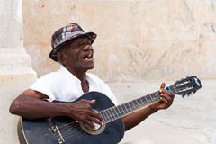Man with a guitar in Havana Royalty Free Stock Photography