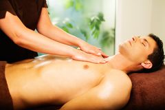 Man having massage Royalty Free Stock Photography