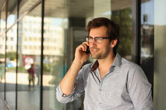 Man having phone conversation Royalty Free Stock Photos