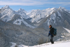 Man hiking in winter Royalty Free Stock Images