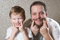Man with his little son Royalty Free Stock Images