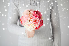 Man holding bouquet of flowers Royalty Free Stock Photo