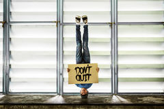 Man Holding Speech Sign Don`t Quit Concept Royalty Free Stock Photography