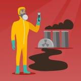 Man i skyddande dräkt för utstrålning med provröret Arkivfoton