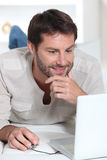 Man on laptop Royalty Free Stock Photo