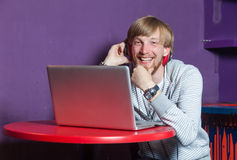 Man on laptop Royalty Free Stock Images