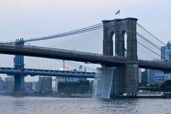 Brooklyn Bridge - Waterfalls - NYC royalty free stock photos