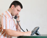 Man makes a phone call Royalty Free Stock Image