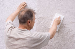 Man makes renovation Royalty Free Stock Photography