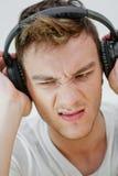 Man med hörlurar Arkivbilder