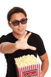 Man med popcornhinken och exponeringsglas 3D Royaltyfria Bilder